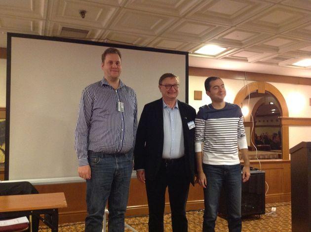 Topstudenter tillsammans med EBL presidenten. (f.v. Tommy Andersson, Yves Aubry och Denis Dobrin)