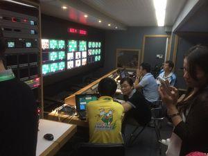 Från kinesisk TV:s kommandocentral
